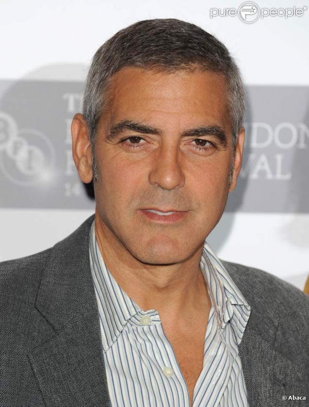 George Clooney, à l'occasion de l'avant-première du  Fantastique Mr. Fox , lors du BFI London Film Festival, au Dorchester Hotel, à Londres, le 14 octobre 2009 !