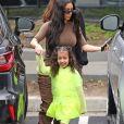 Kim Kardashian et sa fille North West - Exclusif - Les Kardashians arrivent en famille à la messe dominicale à Calabasas. Un cadeau XXL de la part de K. West et de sa femme K. Kardashian est livré à l'église. Le 3 mars 2019