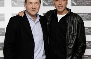 L'infatigable George Clooney très complice avec Kevin Spacey... sur le tapis rouge londonien !