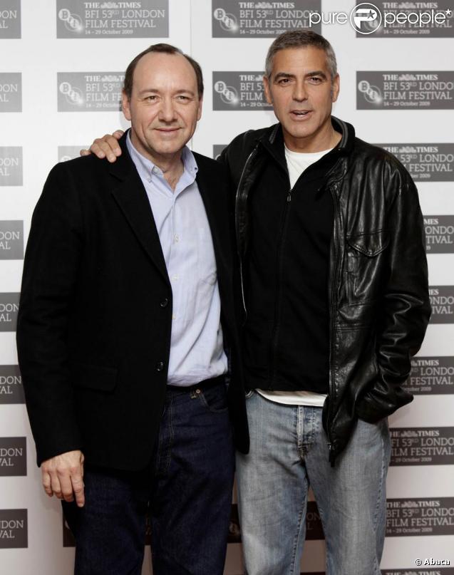 George Clooney et Kevin Spacey, à l'occasion de la présentation de  The men who stare at goats , dans le cadre du BFI London Film Festival, à Londres, le 15 octobre 2009 !