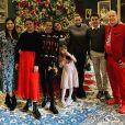 Charlene de Monaco en famille, et le crâne à moitié rasé, pour adresser ses meilleurs voeux après Noël. Le 26 décembre 2020.