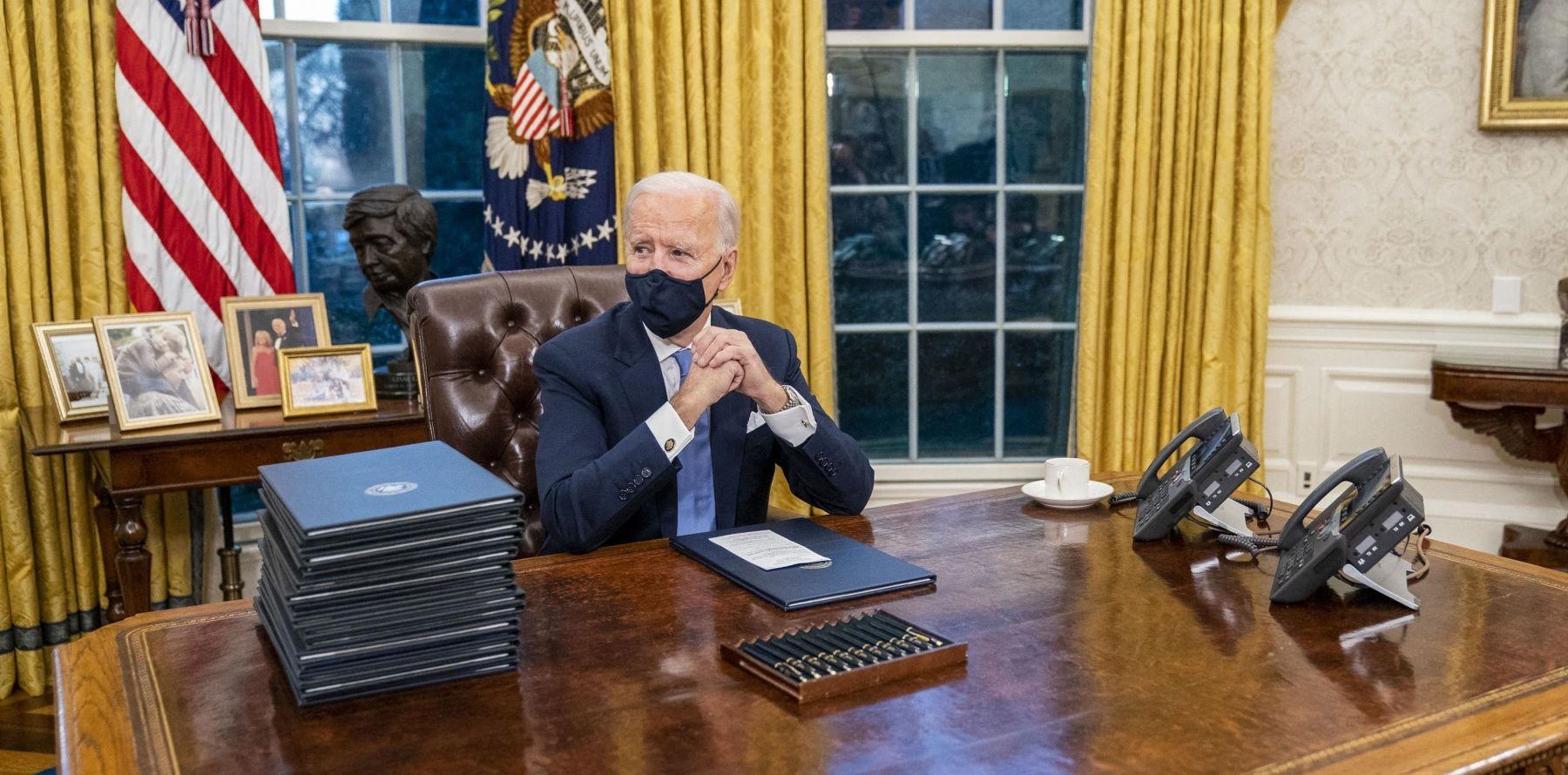 Joe Biden : Il se débarrasse d'un objet improbable de Donald Trump