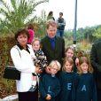 Charles Spencer et ses enfants: Kitty, Eliza, Amelia et Louis, dans les jardins de Kensington, à Londres, en 2000.