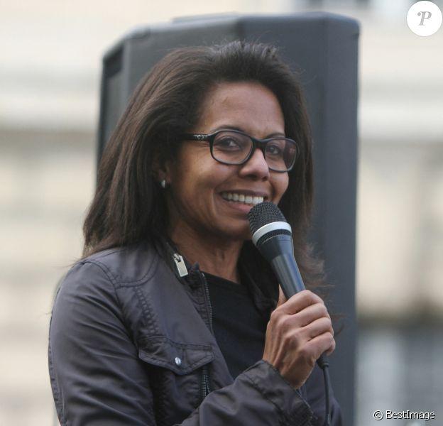 Audrey Pulvar lors d'une manifestation contre le racisme et les violences policières place de la République à Paris. © Panoramic / Bestimage