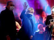 """Brigitte Macron stylée en blazer bleu, elle écoute la """"Symphonie pour la vie"""""""