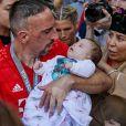Franck Ribery et sa fille Keltoum et sa femme Wahiba - Franck Ribéry célèbre le titre de champion d'allemagne et son dernier match sous les couleurs du Bayern de Munich.