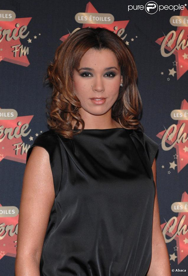 Chim ne badi pour son prochain album elle copie for Le miroir chimene badi