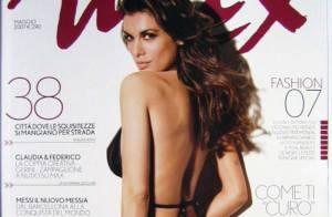 Elisabetta Canalis : la petite amie de George Clooney... en porte jarretelles noirs ! Superbe !