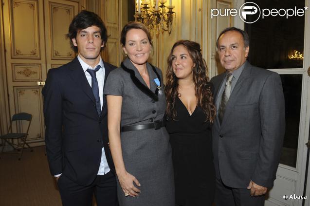 Léo, Cendrine, Léa et Patrice Dominguez au ministère de l'écologie (27 octobre 2009)