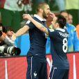 Karim Benzema et Mathieu Valbuena lors du match France - Honduras à la Coupe du monde 2014, au Brésil.