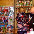 Le prince Albert II de Monaco et sa fille la princesse Gabriella durant le traditionnel Arbre de Noël du Palais Princier à Monaco en mode COVID, le 16 décembre 2020. © Bruno Bebert / Pool Monaco / Bestimage