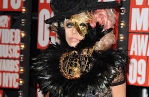 Lady Gaga : Elle joue toujours et encore la provocation... même pour un chaton !