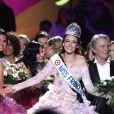 Laury Thilleman, Delphine Wespiser, Sylvie Tellier, Alain Delon - Delphine Wespiser devient la nouvelle Miss France. Brest. Le 3 décembre 2011.