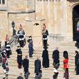 Le prince Charles, prince de Galles, la princesse Anne, le prince Andrew, duc d'York, le prince Edward, comte de Wessex, le prince William, duc de Cambridge, Peter Phillips, le prince Harry, duc de Sussex, David Armstrong-Jones, comte de Snowdon, Sir Timothy Laurence - Arrivées aux funérailles du prince Philip, duc d'Edimbourg à la chapelle Saint-Georges du château de Windsor, le 17 avril 2021.