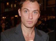 Jude Law : La mère de sa fille fait tout pour qu'il la connaisse et révèle... d'autres photos !