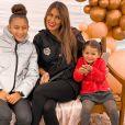 "Wafa de ""Koh-Lanta' avec ses filles Manel et Jenna, le 11 octobre 2020"