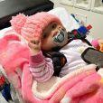 Azaylia, la fille de la star de télé-réalité Ashley Cain et sa compagne Safiyya, souffre de plusieurs tumeurs. Avril 2021.