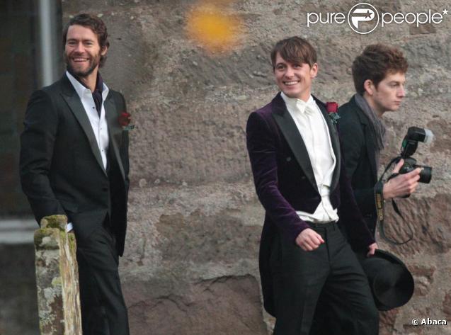 Mark Owen lors de son mariage, entouré de ses amis membres de Take That