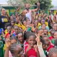 Joakim Noah et sa fiancée Lais Ribeiro ont visité l'école de la grand-mère de l'ancien basketteur, à Yaoundé, au Cameroun. Le 3 juin 2021.