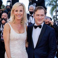 """Laurence Ferrari et son mari Renaud Capuçon - Montée des marches du film """" Benedetta """" lors du 74ème Festival International du Film de Cannes. © Borde-Jacovides-Moreau / Bestimage"""