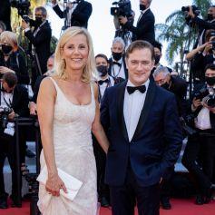 """Laurence Ferrari et son mari Renaud Capuçon - Montée des marches du film """" Benedetta """" lors du 74ème Festival International du Film de Cannes. Le 9 juillet 2021 © Borde-Jacovides-Moreau / Bestimage"""