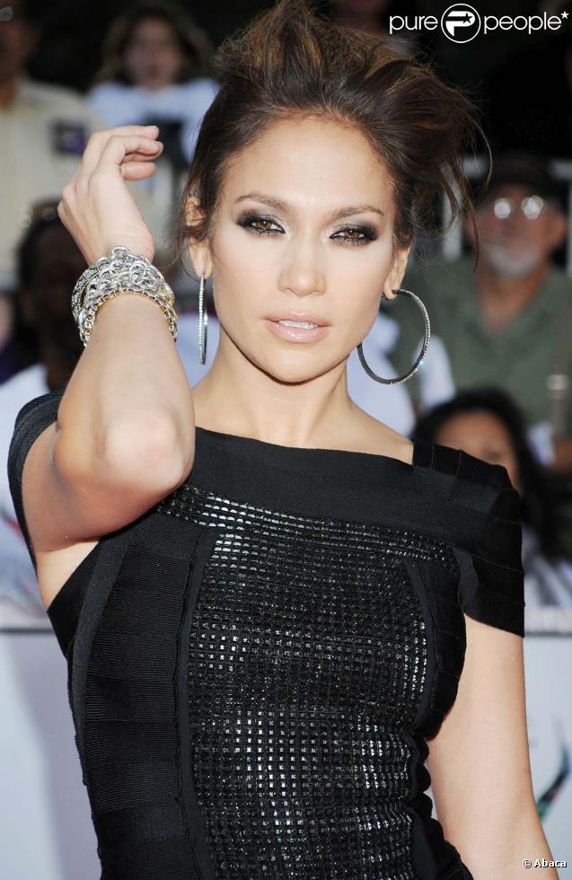 Le nouvel album de Jennifer Lopez,  Love ? , le 25 janvier 2010 dans les bacs.