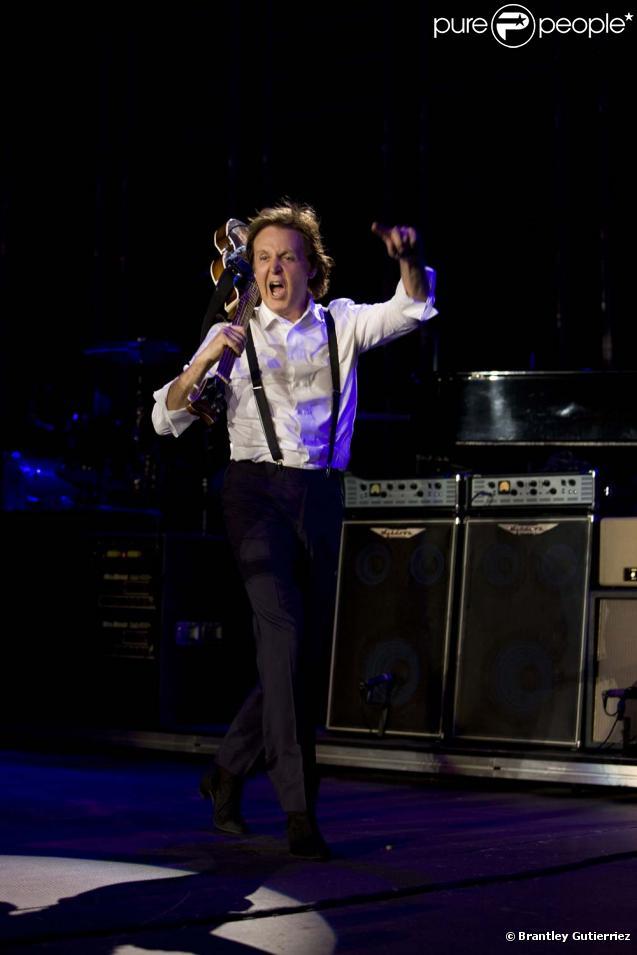 Paul McCartney en concert exceptionnel à New York aujourd'hui disponible sur l'album  Good Evening New York  à paraître le 30 novembre 2009.