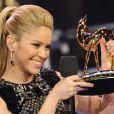 """""""Shakira est sacrée chanteuse internationale de l'année lors de la cérémonie des Bambi Awards à Potsdam, le 26 novembre 2009."""""""