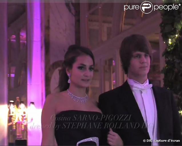 Alessandro Belmondo et Cosima Sarno-Pigozi au bal des débutantes (28 novembre 2009)