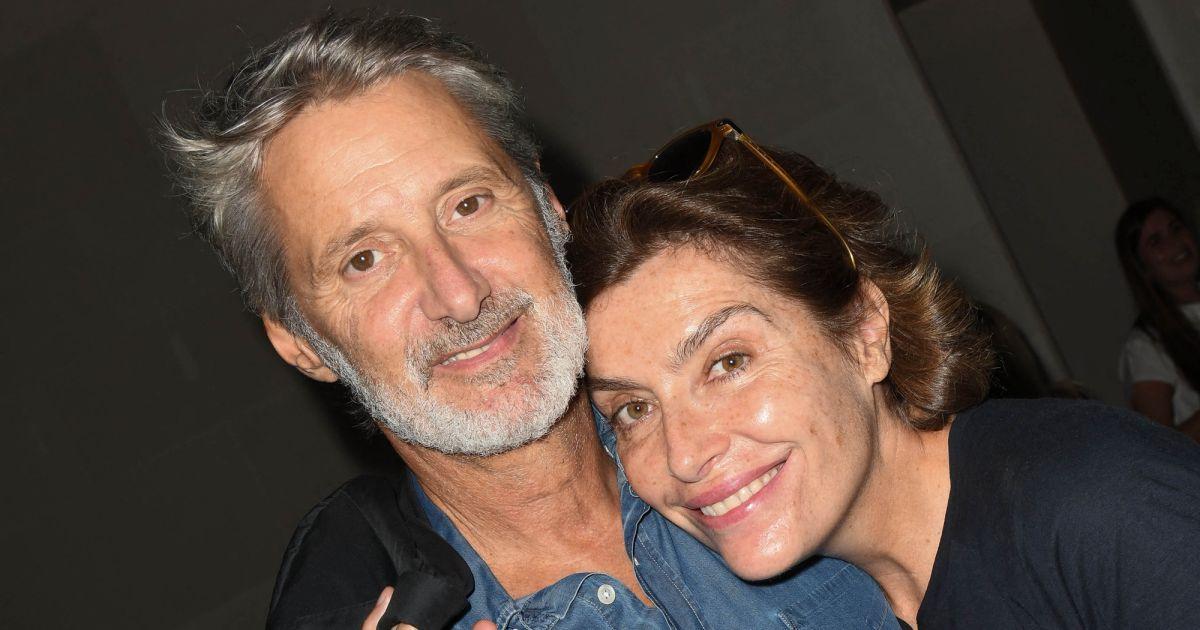 Antoine de Caunes et son épouse Daphné Roulier : une complicité folle après 14 ans de mariage !