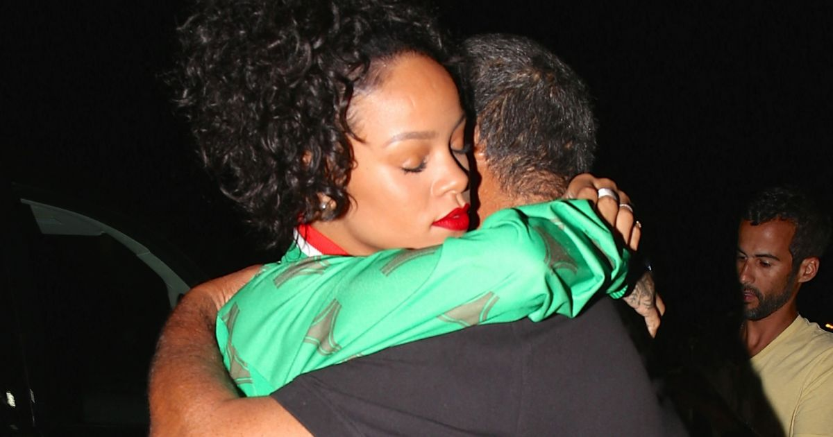 Rihanna : Réconciliée avec son père, elle abandonne sa plainte contre lui