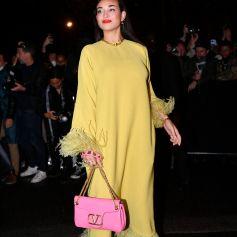 Camélia Jordana au défilé de mode Valentino lors de la la Fashion Week printemps/été 2022 au Carreau du Temple à Paris, France, le 1er octobre 2021. © Veeren Ramsamy-Christophe Clovis/Bestimage