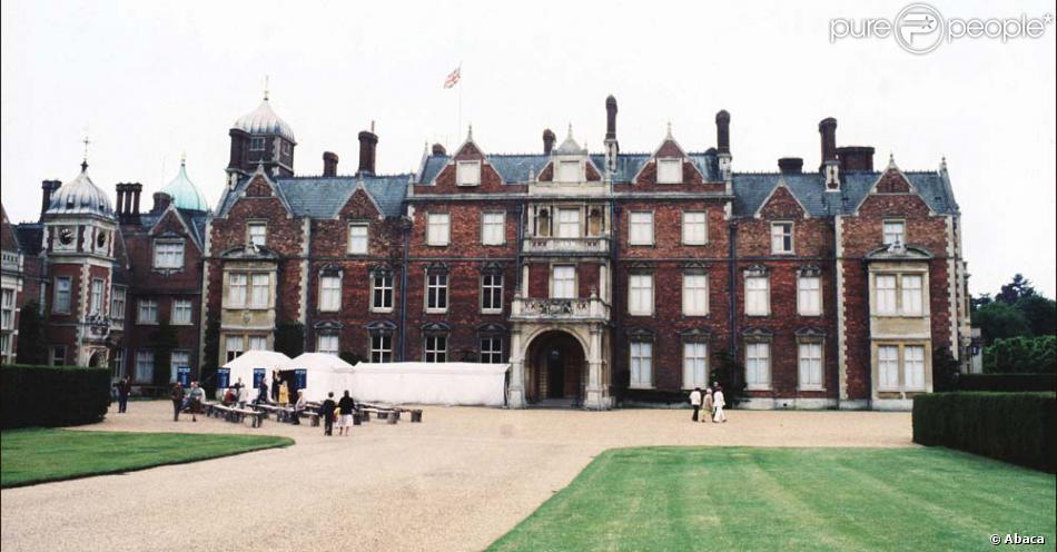La maison de campagne de la famille royale d 39 angleterre for La maison de campagne