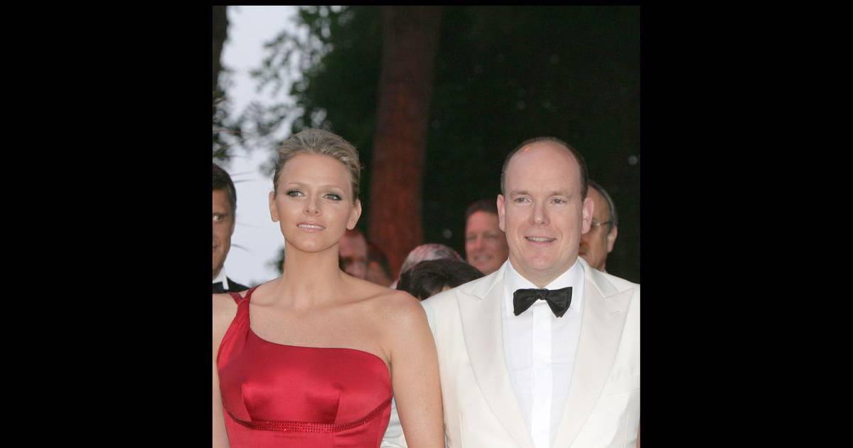 Albert de Monaco parle de son mariage avec Charlene ...