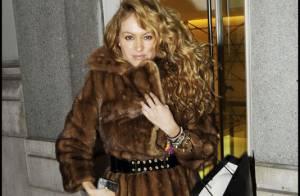 Paulina Rubio : La bomba latina laisse ses mini-jupes au placard et se transforme... en ours !