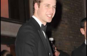 Regardez le prince William passer la nuit dehors et dormir... sur un carton !