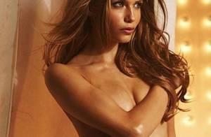 Regardez la sublime Natasha Poly en tenue d'Eve... le sexy Ange de Victoria's Secret est à tomber !