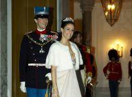Les princesses Mary et Marie de Danemark, avec leurs charmants princes, en tenue des grands soirs pour le Nouvel An !