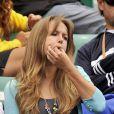 Quand Kim Sears vient soutenir son Andy Murray, la jeune femme laisse ses coquetteries au placard et siffle... comme une poissonnière !