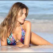 Alessandra Ambrosio : Sexy en diable sous un soleil ardent...
