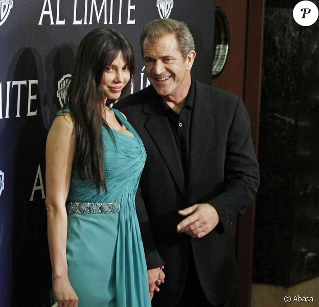 Mel Gibson et Oksana Grigorieva, à l'occasion de l'avant-première de Hors de Contrôle, au Palafox Cinema de Madrid, en Espagne, le 1er février 2010.