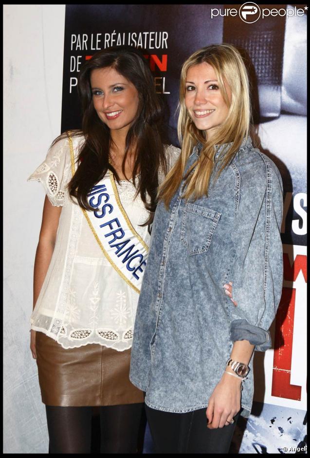 Malika Ménard et Alexandra Rosenfeld, à l'occasion de l'avant-première de  From Paris with Love  qui s'est tenue à l'UGC Normandie, sur les Champs-Elysées, à Paris, le 11 février 2010.