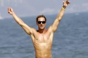 Matthew McConaughey : une ligne de vêtements de surf en vente sur son site internet...