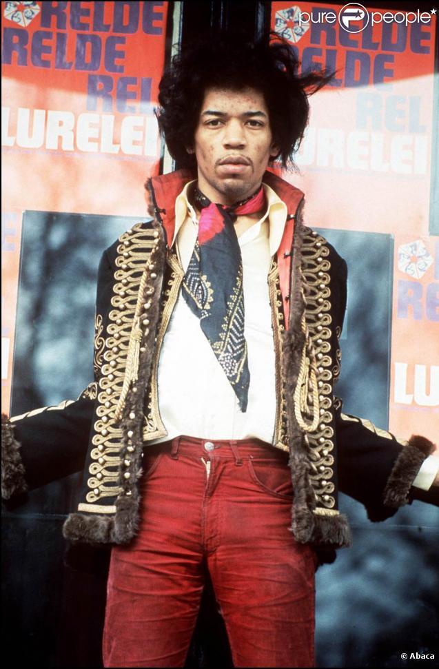 Jimi Hendrix :  Valleys of Neptune , un nouvel album posthume, paraît en 2010