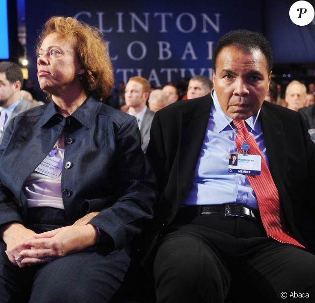 Mohamed Ali se prêtera en 2010 aux expérimentations d'un traitement contre la maladie de Parkinson