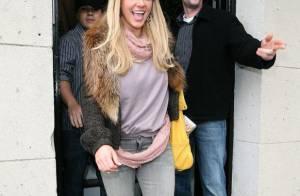 Britney Spears : son album est repoussé... tant pis, elle redevient blonde !