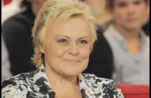 Muriel Robin : Après deux ans d'attente... L'actrice se fait enfin épingler !