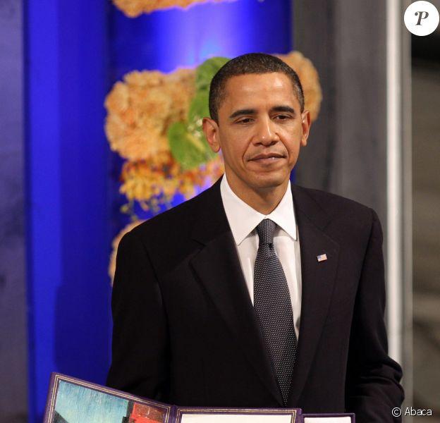 Barack Obama recevant son prix Nobel de la Paix