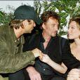Johnny Hallyday entouré de son fils, David, et de sa fille, Laura Smet !