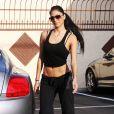 Nicole Scherzinger n'était pas à Bahreïn pour voir la troisième place de son compagnon Lewis Hamilton à toute vitesse, mais à Los Angeles, qui rime avec... fitness !